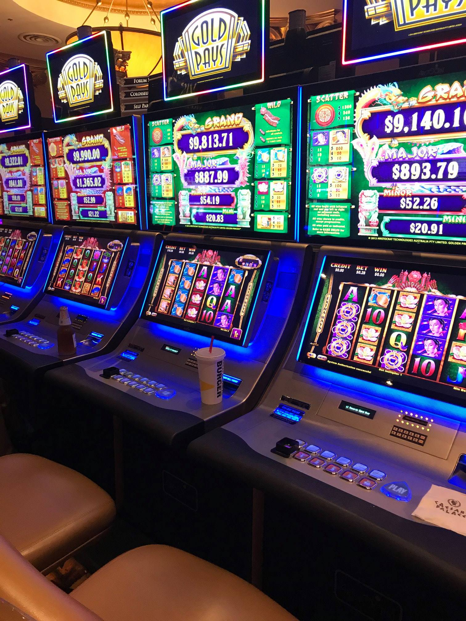 Photograph of Slot Machines Gold Pays