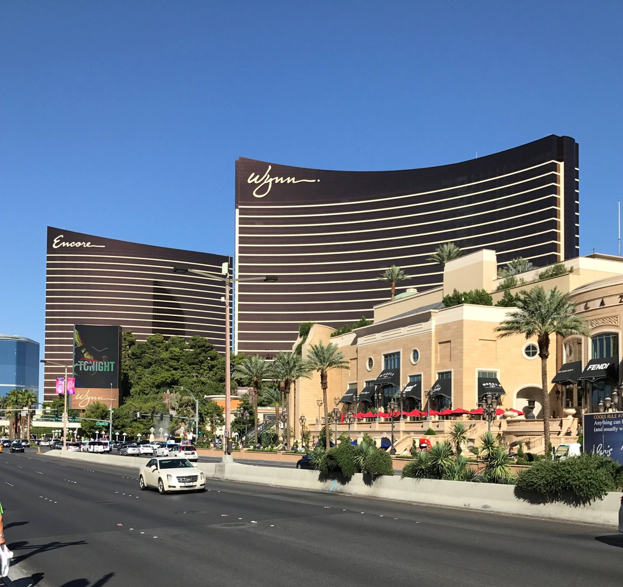 Picture of Wynn and Encore from the Las Vegas Strip