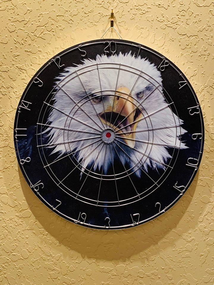 dart board of eagle